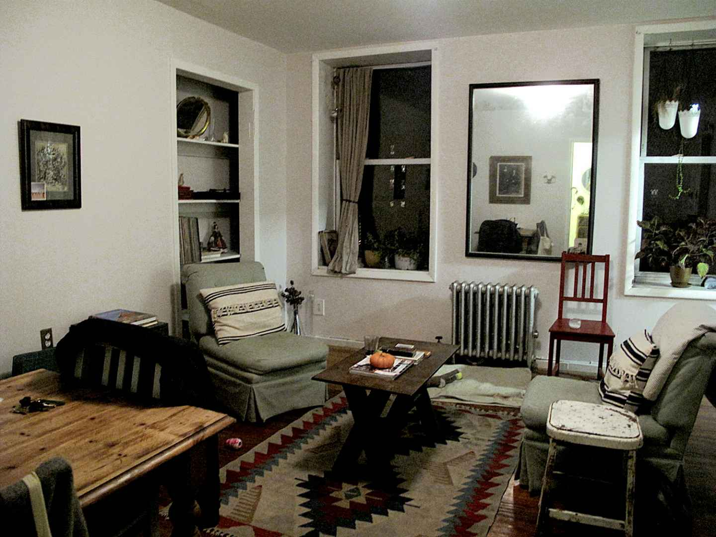 Lower class living room - Interior Lives Inside The Homes Of New Yorkers